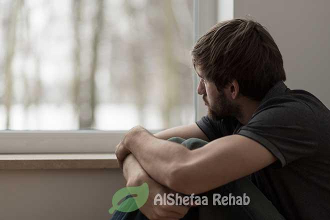 المراهقين والمخدرات .. الحوار الأسري هو الحل
