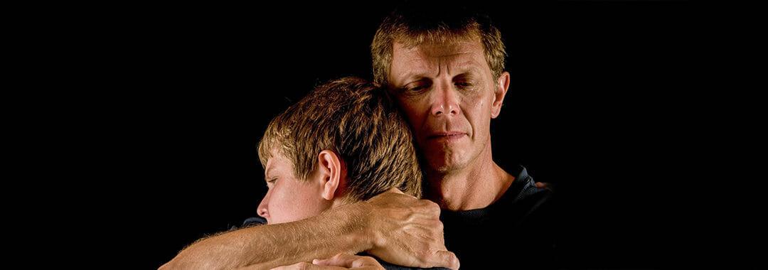 كيفية التعامل مع الابن المدمن