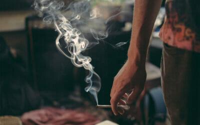 السلو ك الظاهري لمدمن الماريجوانا في مراحل ادمانه المختلفة