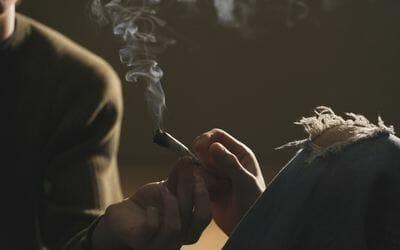 كيف تعرف مدمن الماريجوانا